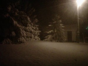 snow april 2011